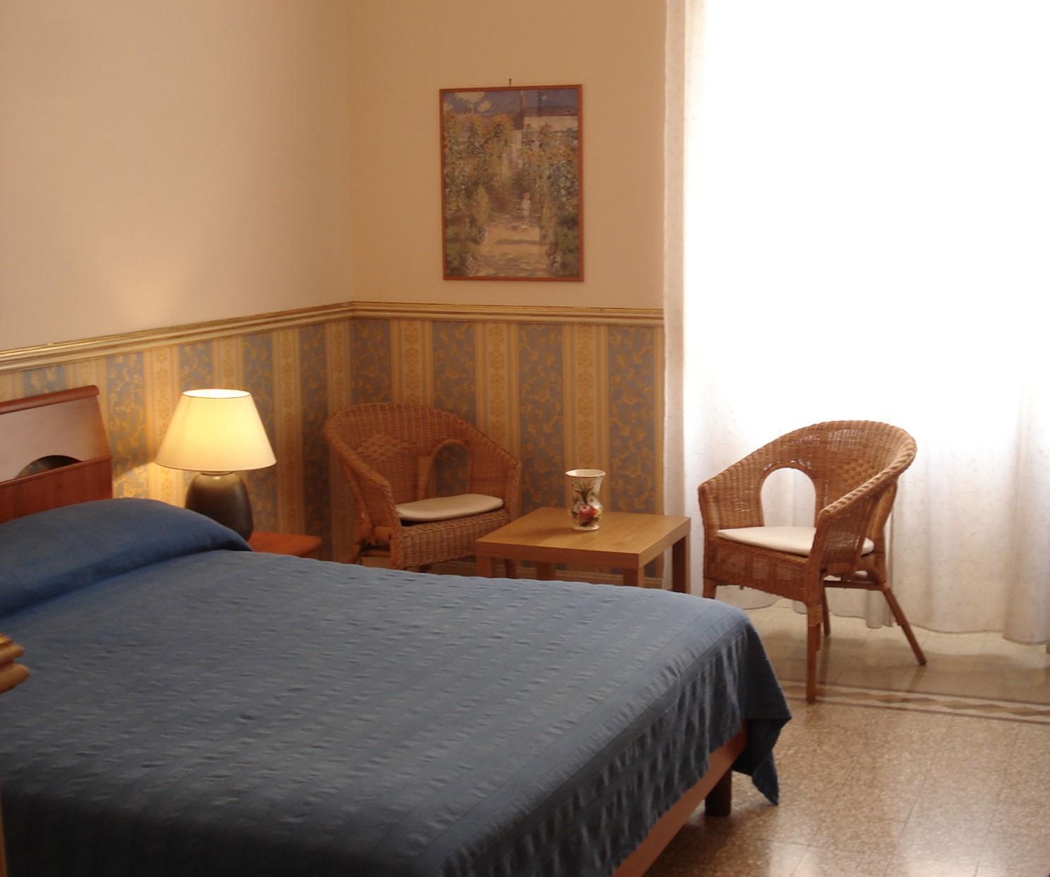 Room Monet